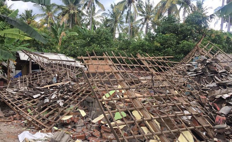 В Индонезии произошло новое землетрясение магнитудой 6,9