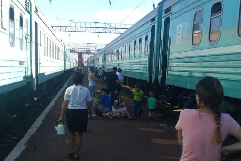 Стала известна причина схода вагонов в Жамбылской области