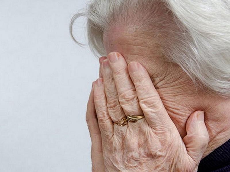 Лже-медсестры обворовали 10 пенсионерок в Караганде