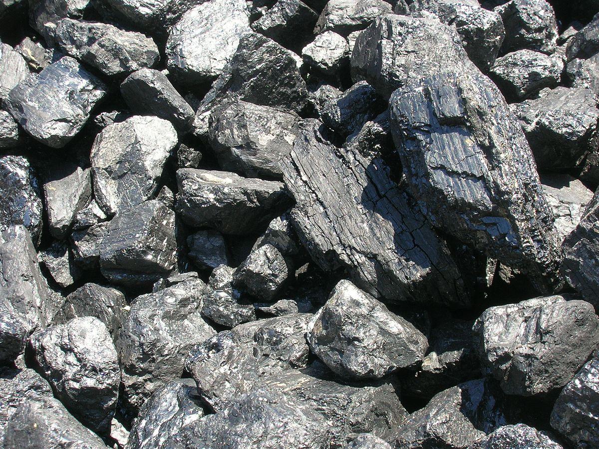 Продавцы взвинтили цены на уголь на севере Казахстана