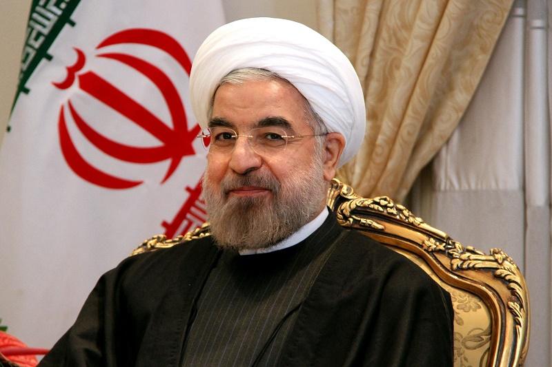 Самолет президента Ирана приземлился в Актау