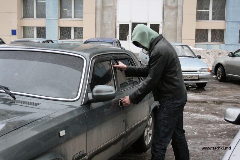 Глава МВД РК рассказал о борьбе с криминальным автобизнесом в Казахстане и России