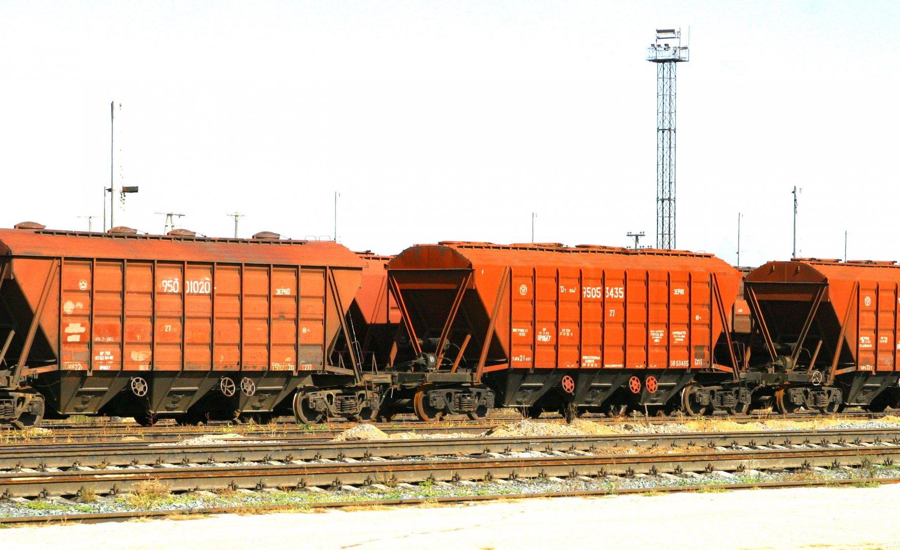 """КТЖ"" за январь-август увеличила перевозку грузов на 6%"