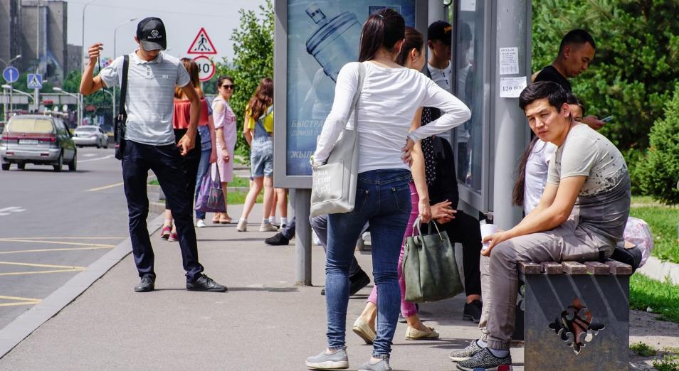 Кэш из общественного транспорта, общественный транспорт, Перевозки, Пассажирские перевозки, AstraBus, Астана LRT