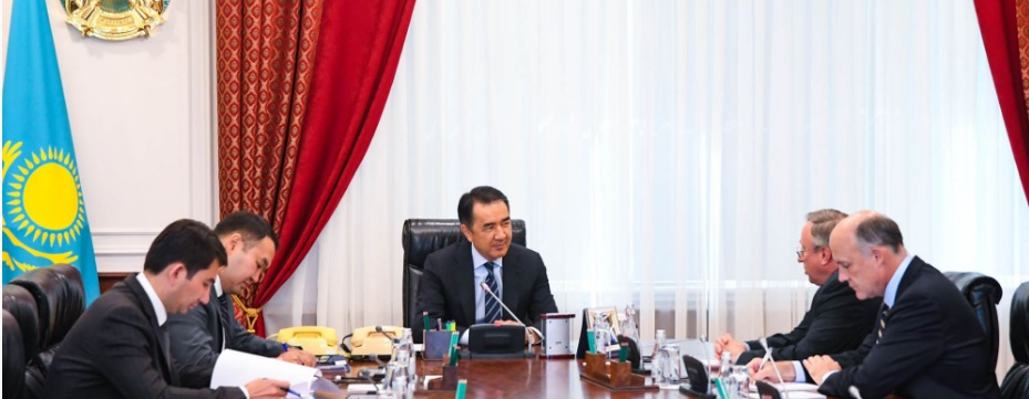 Бакытжан Сагинтаев встретился с послом США в Казахстане