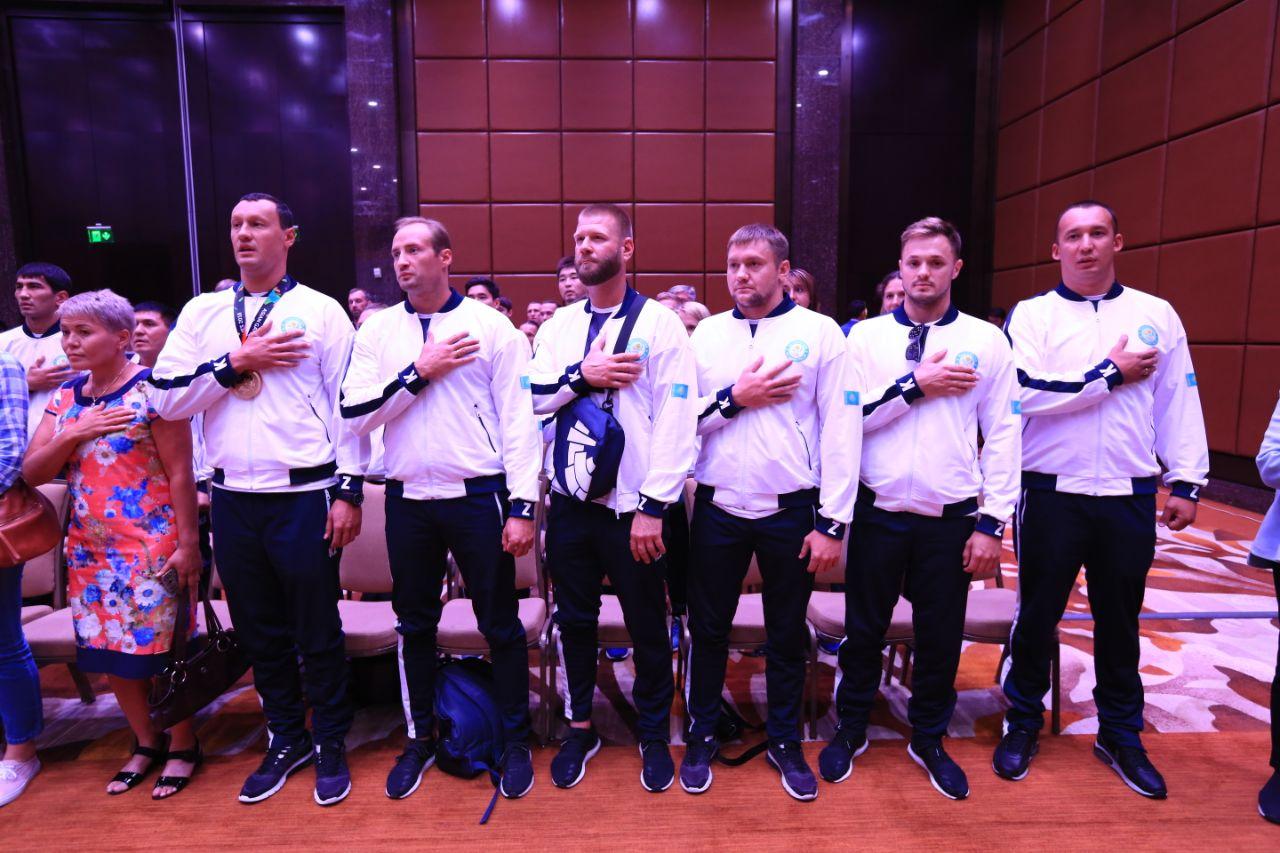 Казахстанские чемпионы Азиады получили премиальные