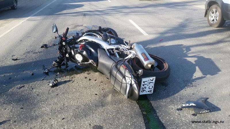 Казахстанский мотоциклист погиб от столкновения с коровой