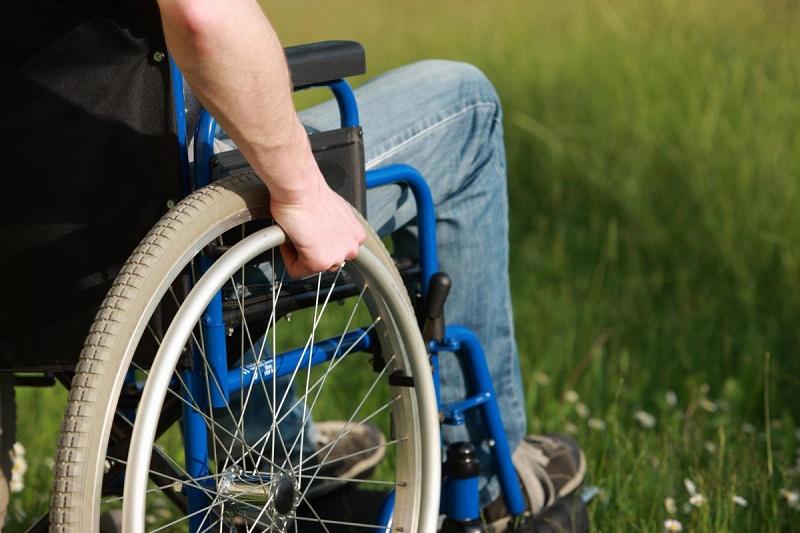 Лишившийся ног предприниматель трудоустраивает инвалидов в Актюбинской области