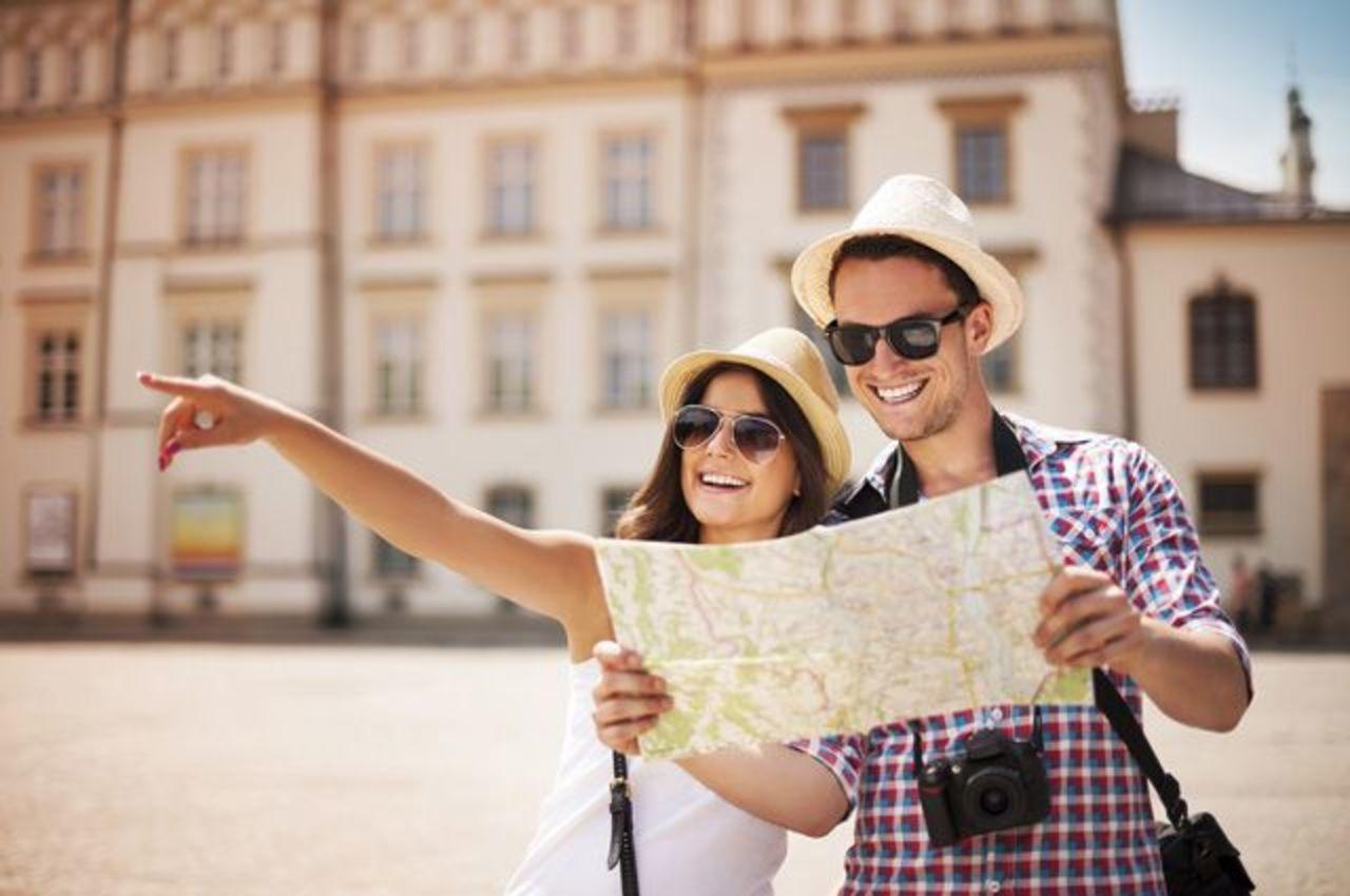 Сколько тратят в среднем иностранные туристы в России
