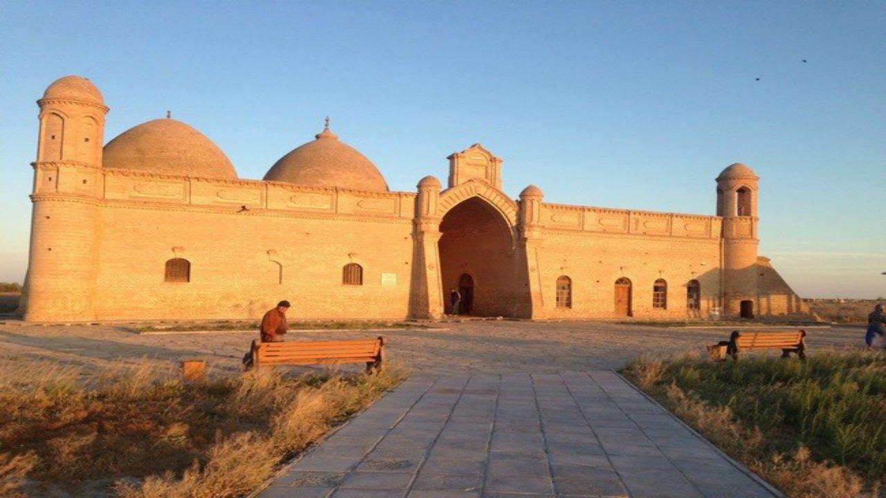 Студенты из Лондона прибыли изучать исторические объекты в Туркестанскую область