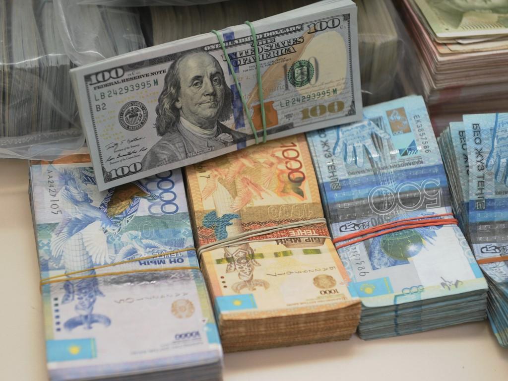 Сдерживание Нацбанком обменного курса будет иметь эффект пружины , Нацбанк РК, курс тенге , тенге , Денежно-кредитная политика Национального банка Республики Казахстан