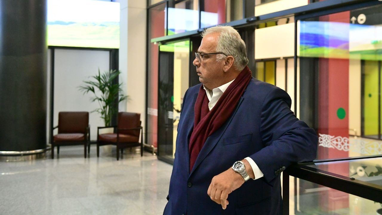 Ненад Лалович, глава UWW, прибыл в Нур-Султан