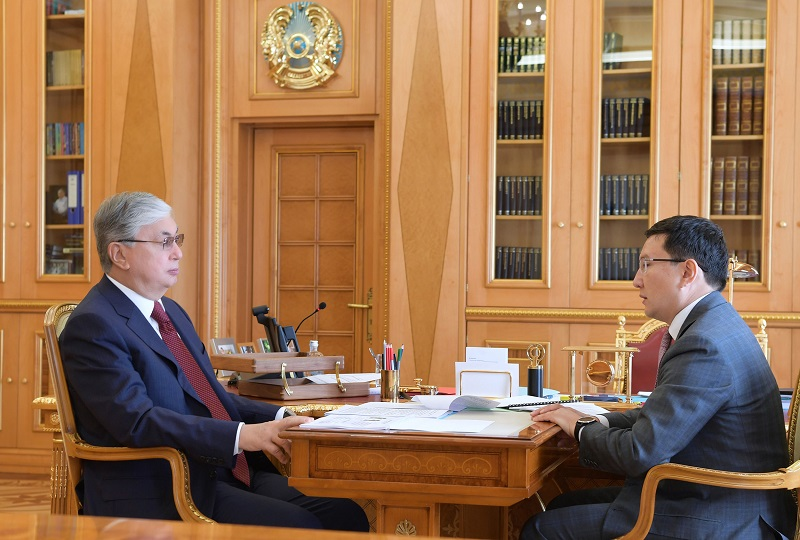 Президент поручил активизировать деятельность холдинга «Байтерек» по развитию МСБ