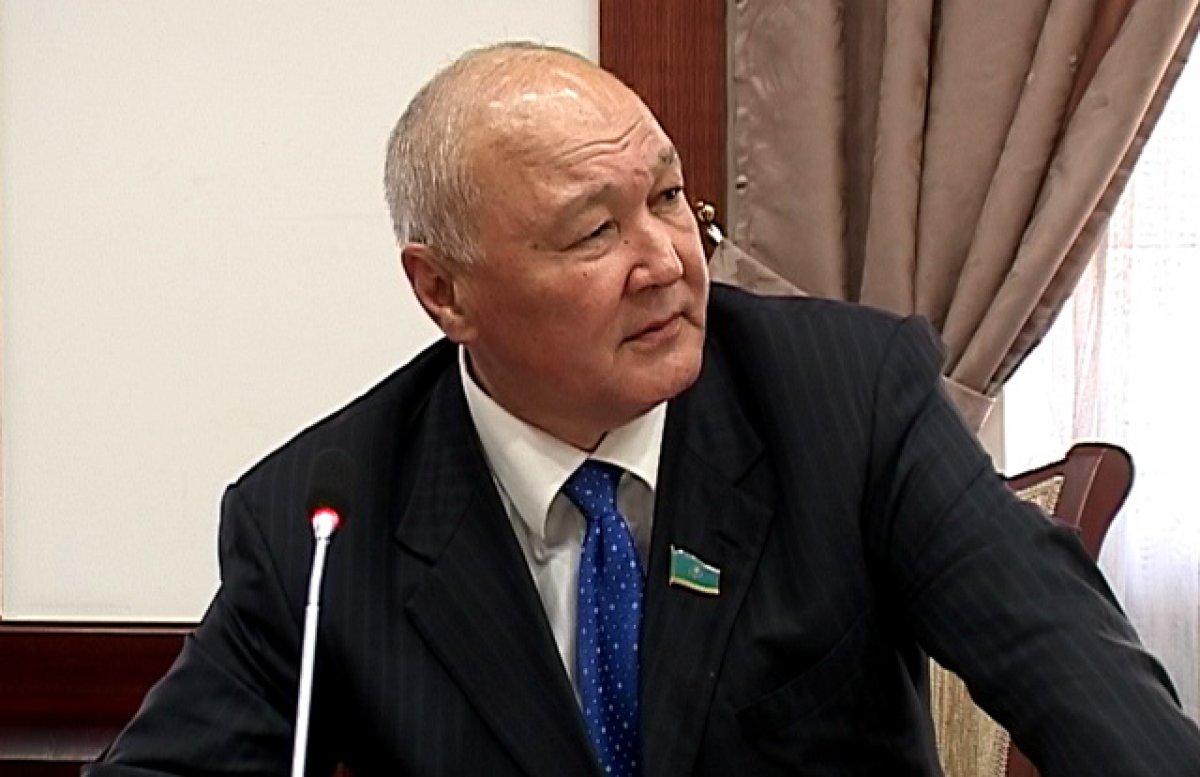 Жуматай Алиев подал документы в ЦИК для регистрации кандидатом в президенты Казахстана