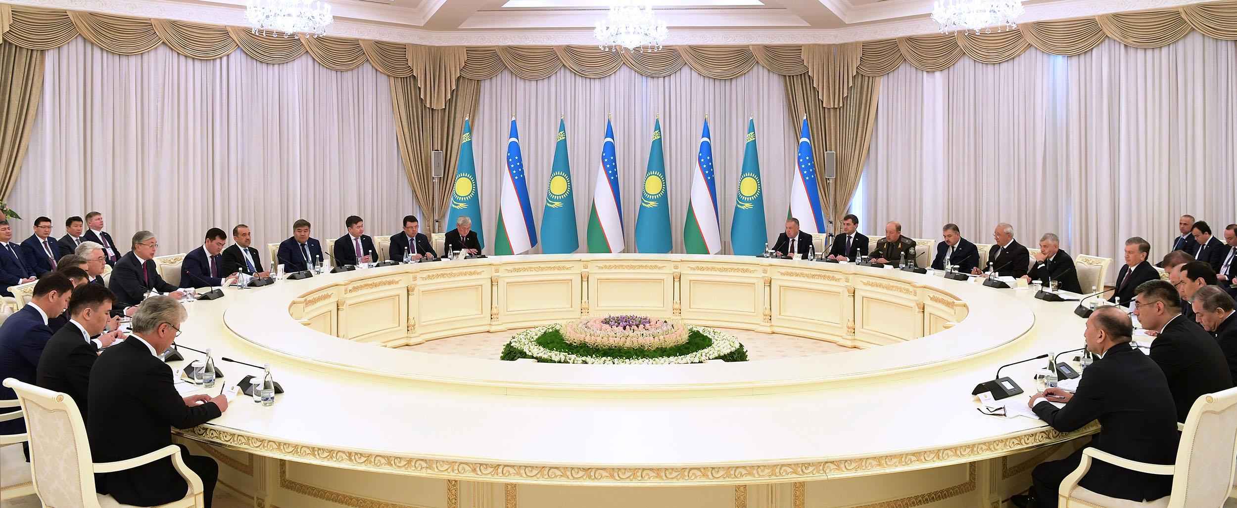 Началась торжественная церемония открытия Года Казахстана в Узбекистане