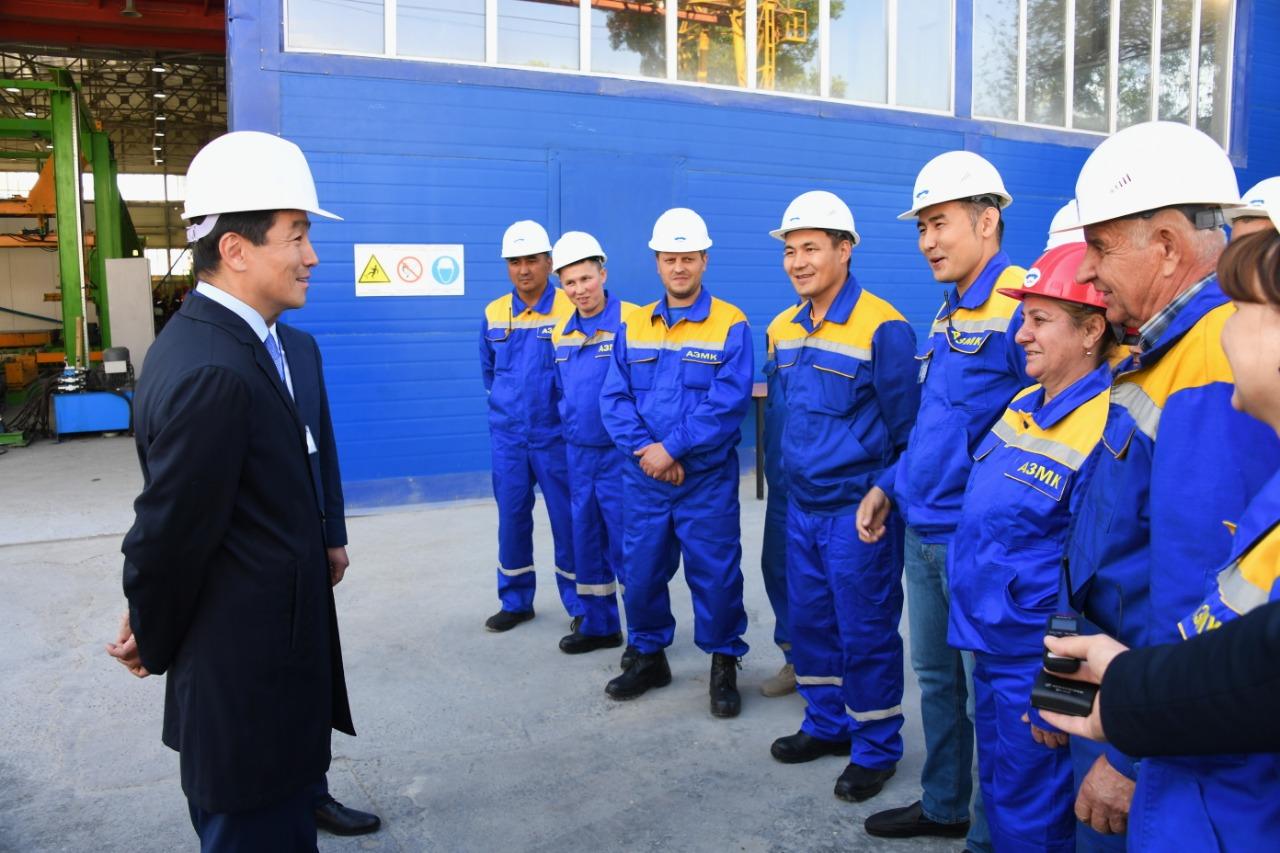 Бауыржан Байбек принял участие в запуске нового производства железнодорожных шпал, Бауыржан Байбек, Завод, Железнодорожные шпалы