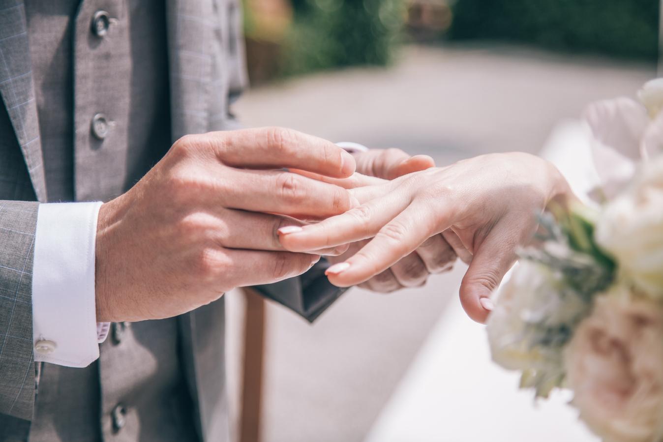 Молодоженов будут тестировать перед бракосочетанием - проект Дорожной карты