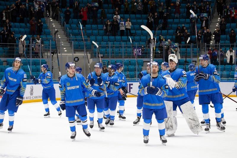 Мужская команда Казахстана по хоккею поднялась в мировом рейтинге