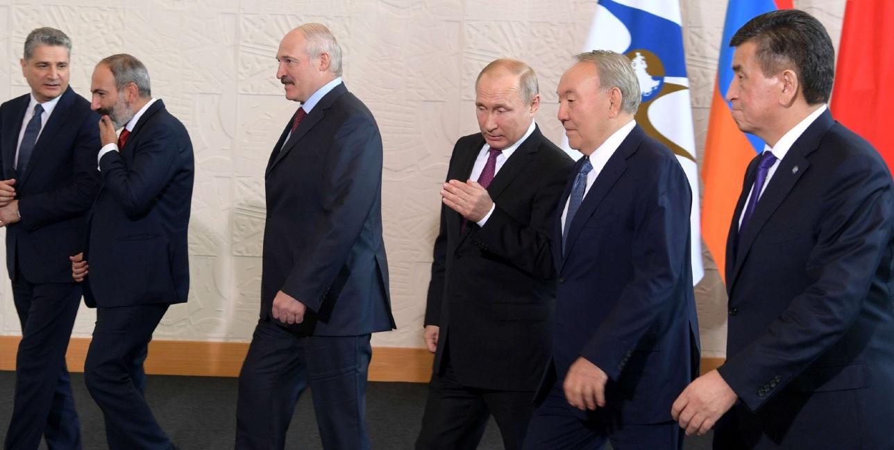Нурсултан Назарбаев в качестве почетного гостя примет участие в юбилейном саммите ЕАЭС