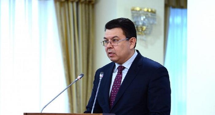 Минэнерго опровергает слухи о том, что Канат Бозумбаев попал в ДТП со смертельным исходом