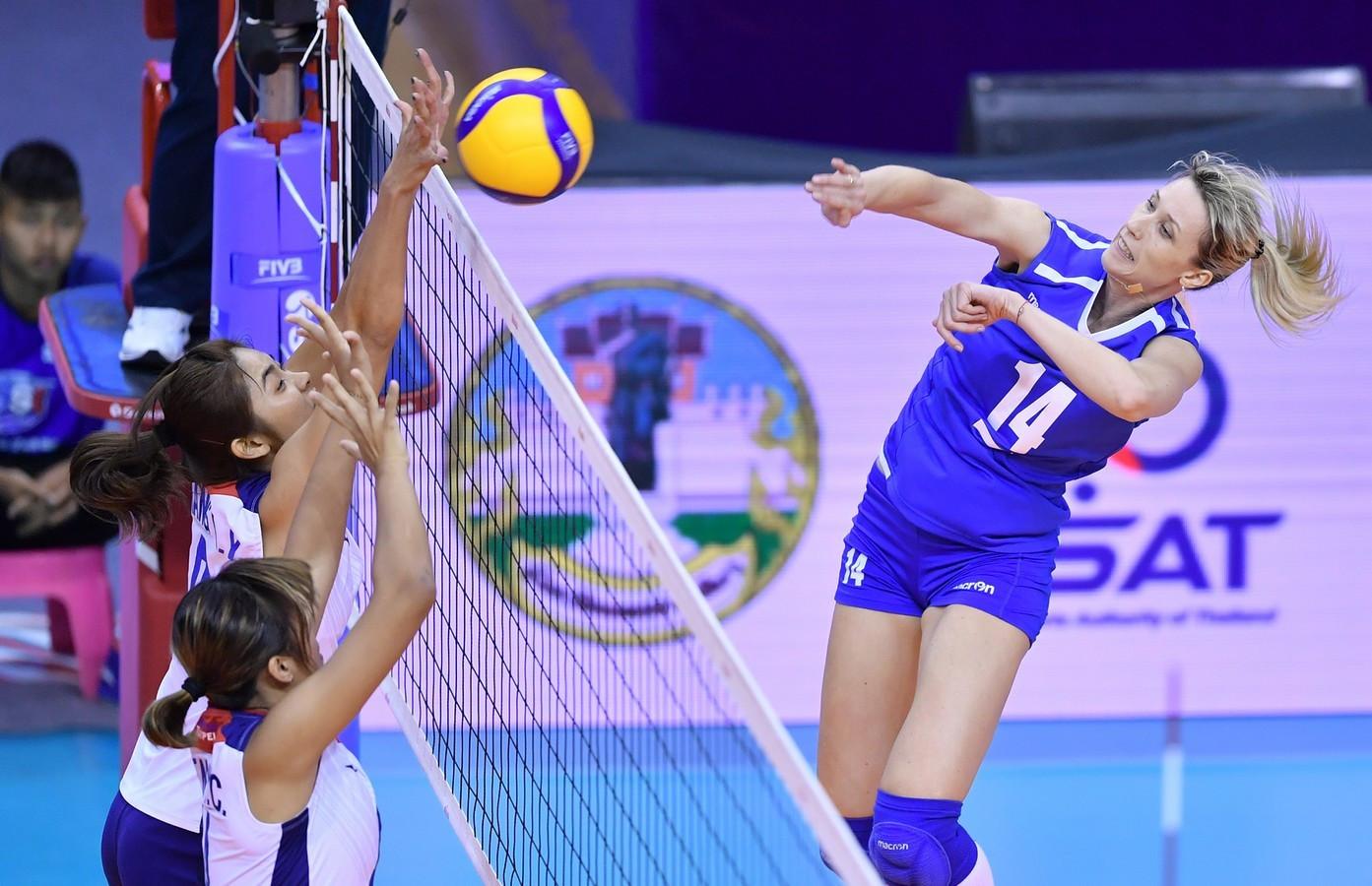 Казахстанские волейболистки заняли третье место на отборочном турнире