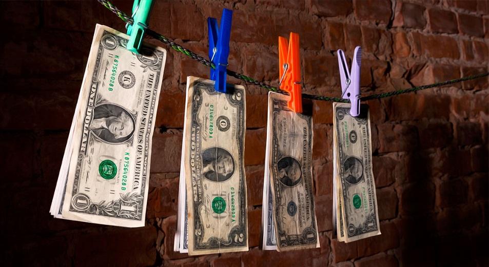 Ұлттық банк жыртылған долларларға қатысты түсінік берді