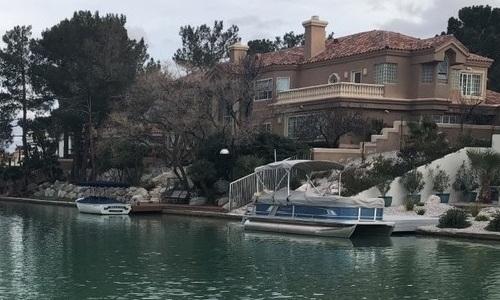 Боксер из Казахстана продает дом в Лас-Вегасе почти за 5 млн долларов