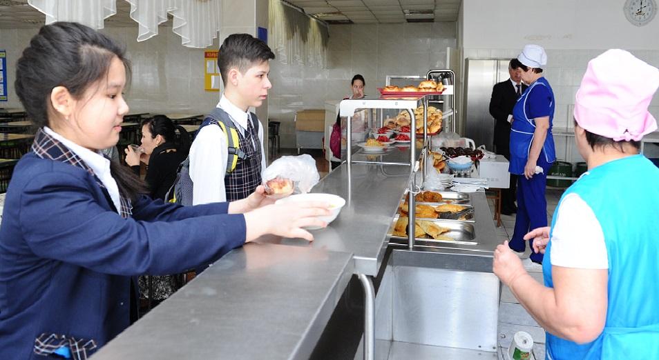 80 мың оқушыны тамақтандыруға 4 млрд теңге бөлінеді,  оқушыларды тамақтандыру,Астана қалалық білім басқармасы,Әнуар Жанғозин,мектеп, оқушы,асхана