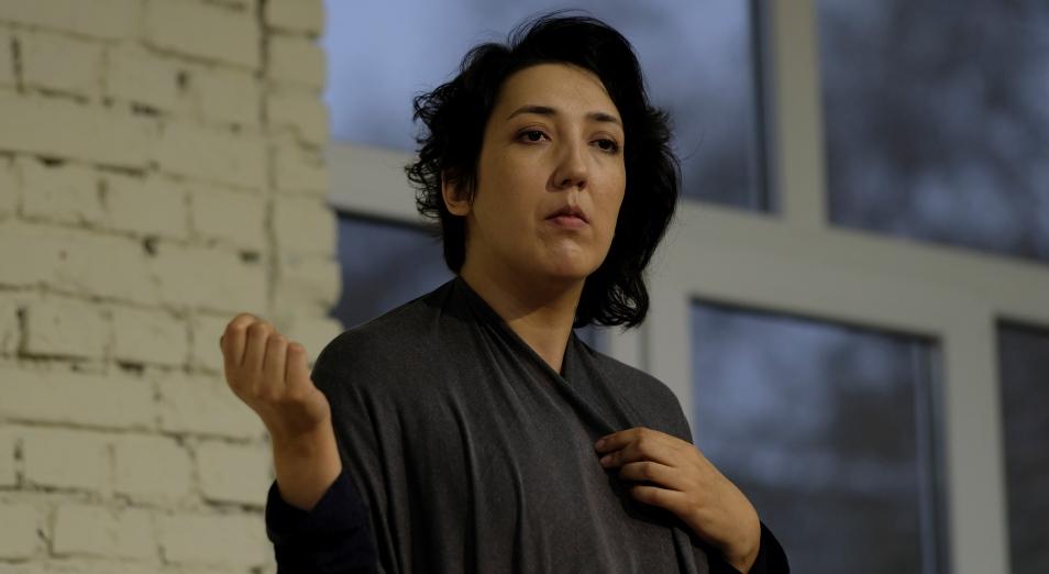 В Алматы состоялась премьера спектакля «Иранская конференция» по пьесе Ивана Вырыпаева