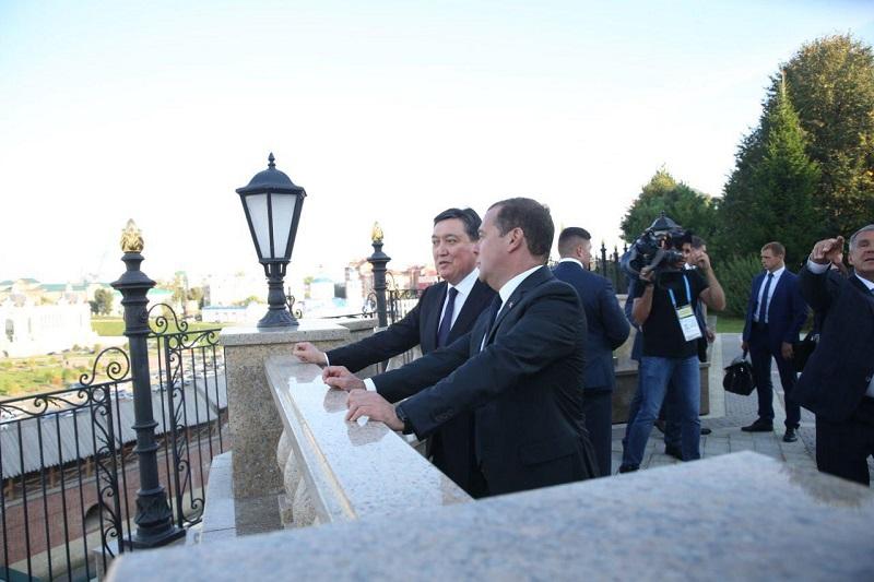 Аскар Мамин встретился с Дмитрием Медведевым в Татарстане