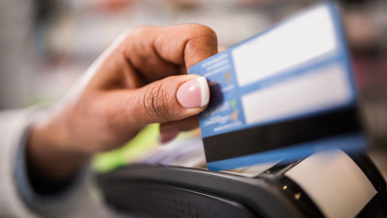 Объем карточных транзакций в 2018 году вырос более чем в два раза – АФК