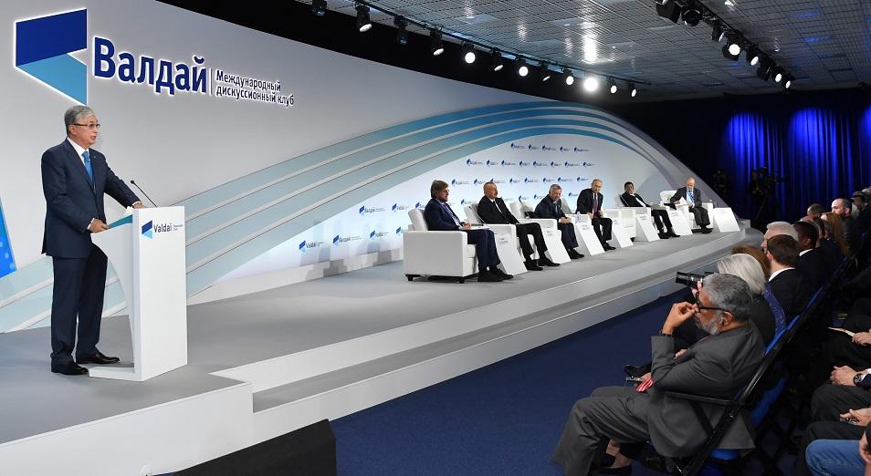 Ерлан Карин: «Зарубежные эксперты с интересом ждали выступление главы Казахстана»
