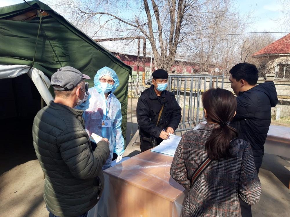 В РК за сутки арестовано порядка 90 человек за нарушение режима ЧП