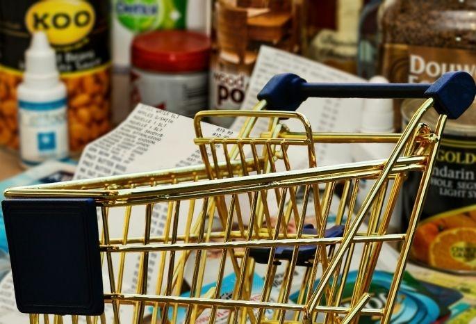 Не рекомендуется запасаться продуктами впрок в период пандемии