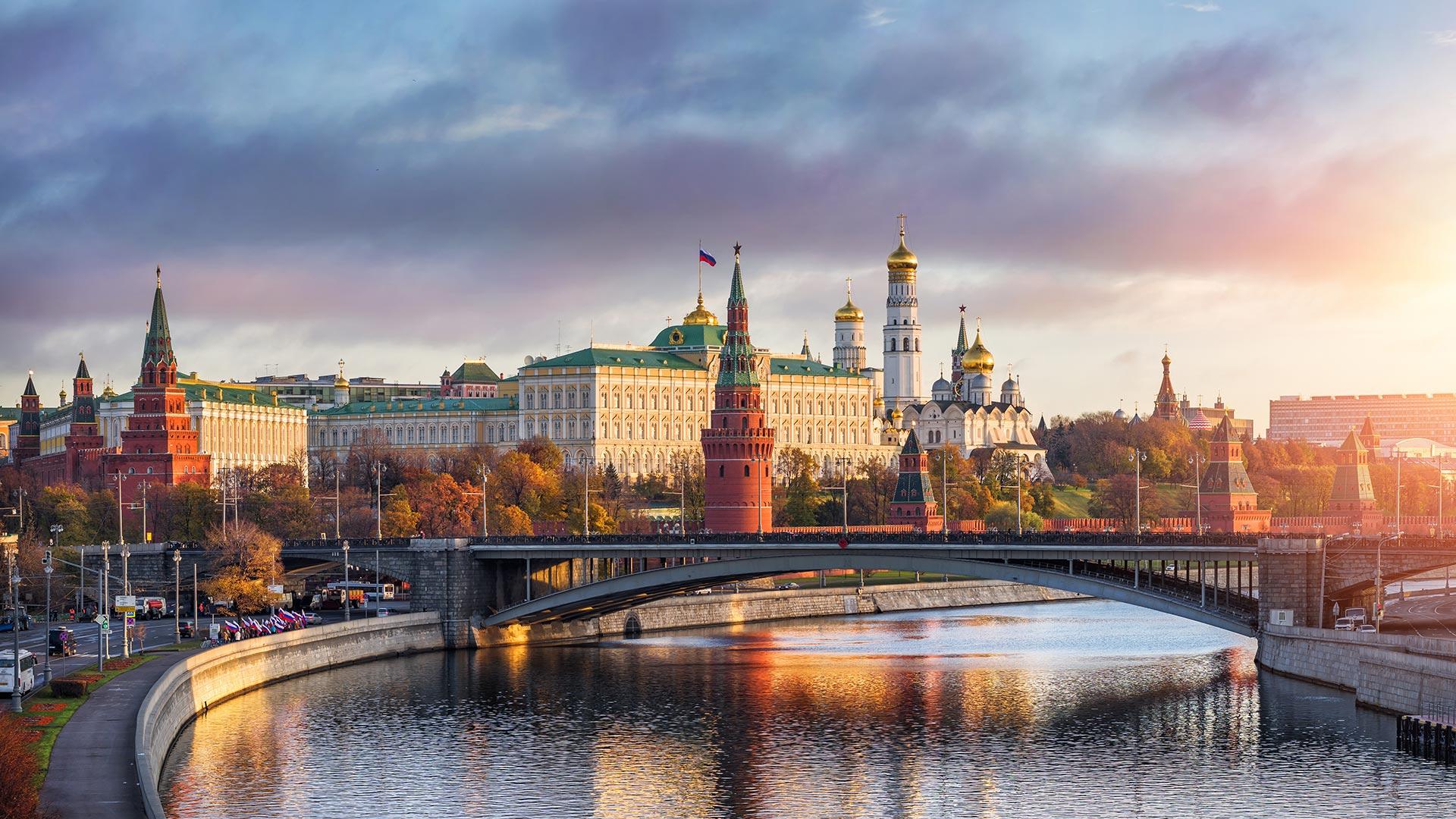 Будет разработана новая программа сотрудничества между столицами России и Казахстана