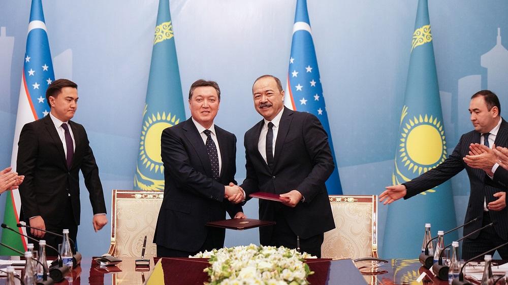 Казахстан и Узбекистан подписали 52 соглашения на сумму около $500 млн