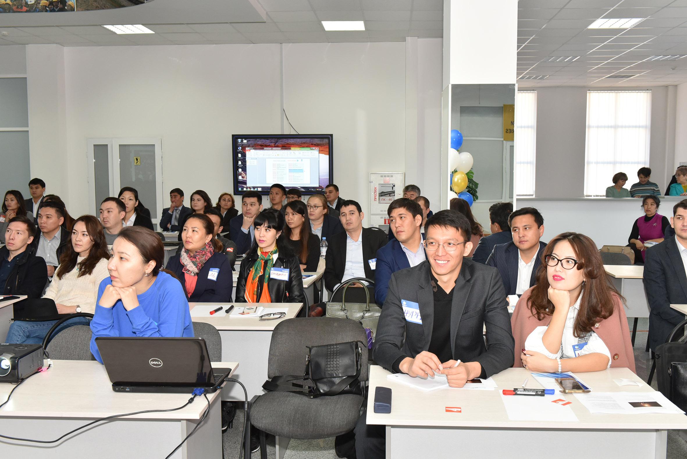 В АО «НК «ҚТЖ» обучают молодых сотрудников в креативном формате «хакатон»
