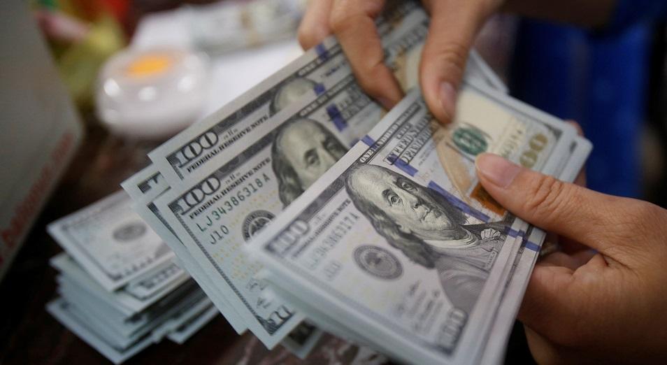 Шетел валютасы теңгені шеттете бастады