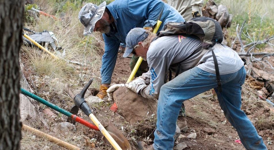 Геологи ВКО помогли себе сами