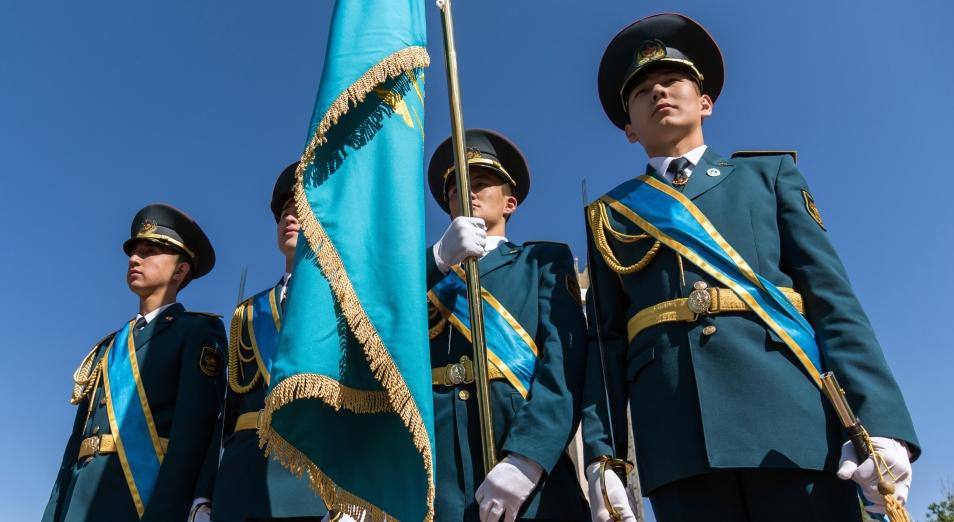 В Алматы в День защитника Отечества ушел служить новый призыв, парад, День защитника Отечества, Праздник, Вооруженные силы, Армия, Алматы, Жас Улан