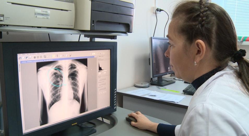 Число выявленных больных уханьской пневмонией в Китае превысило 320 человек