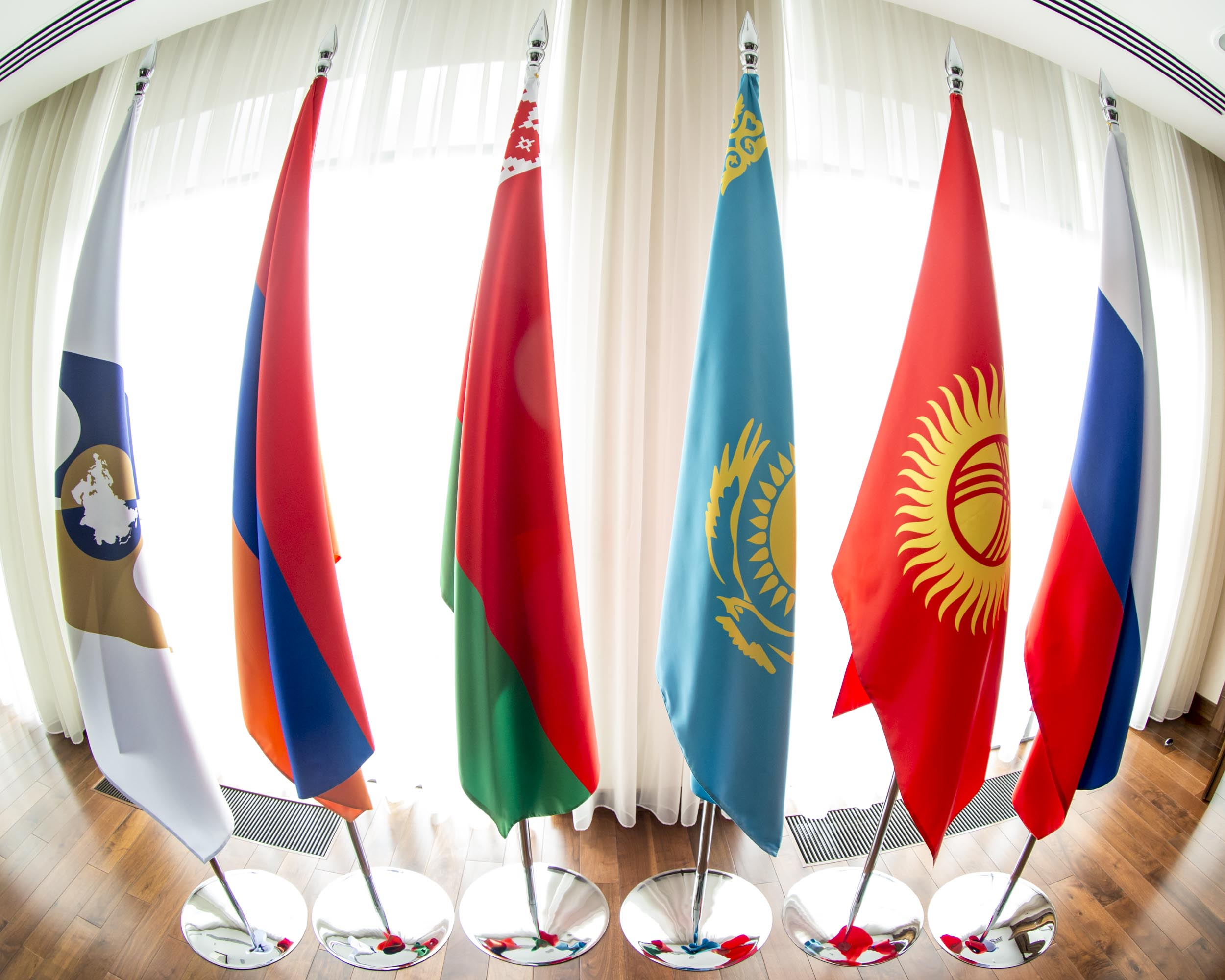 Взаимная торговля Казахстана со странами ЕАЭС в январе-феврале увеличилась на 0,4%