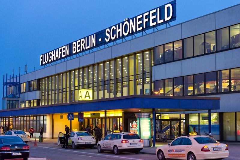 В Берлине закрывали аэропорт