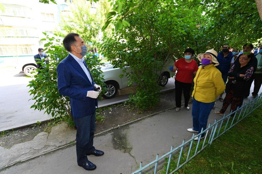 Бакытжан Сагинтаев напомнил о том, что карантин по коронавирусу в городе еще не снят