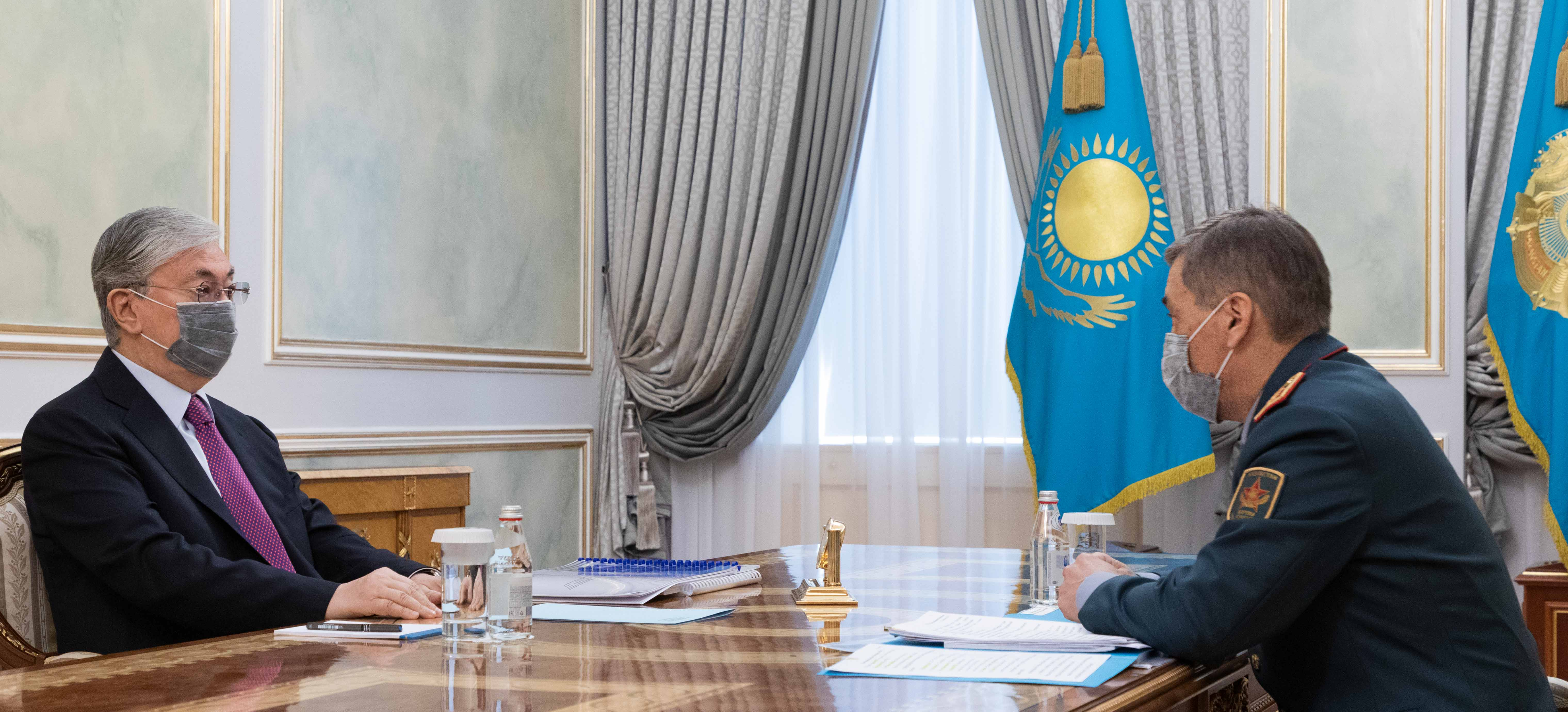 Касым-Жомарт Токаев принял министра обороны Нурлана Ермекбаева