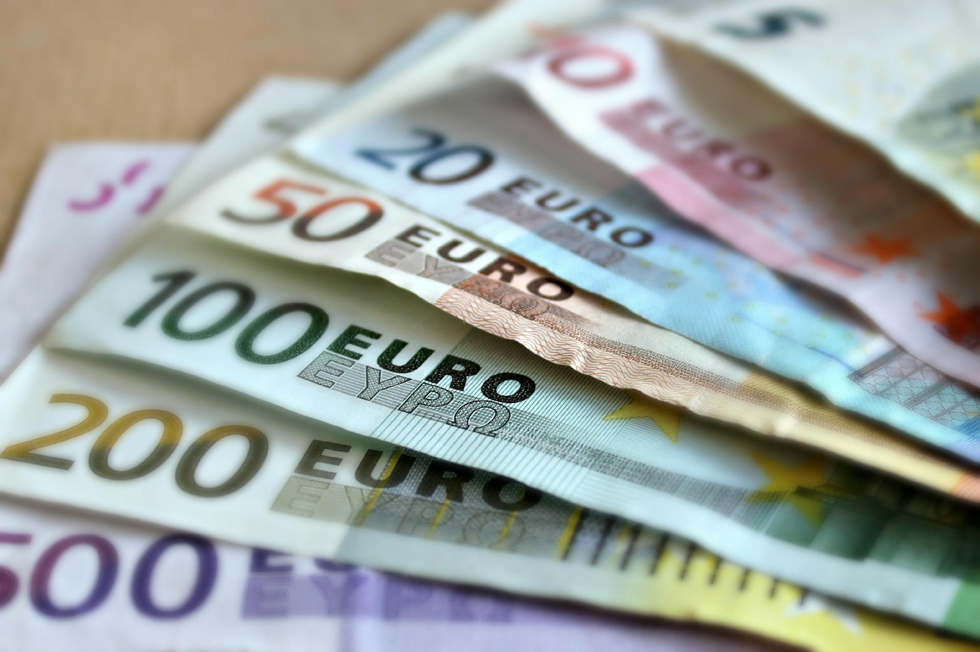 Казахстан разместил два транша евробондов на 1,15 млрд евро