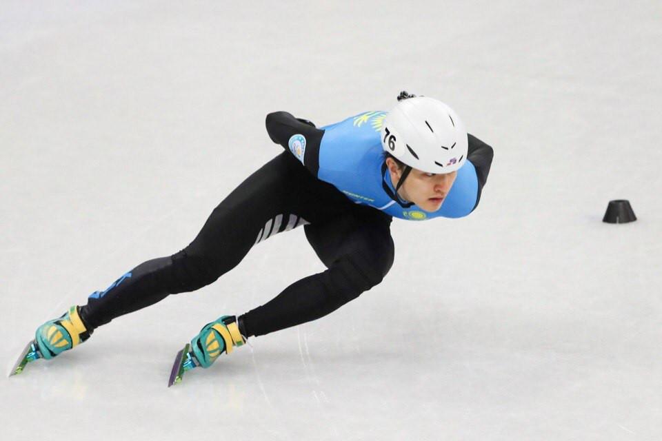 Кубок мира по шорт-треку в Алматы: Абзал Ажгалиев – в полуфинале на дистанции 1000 метров