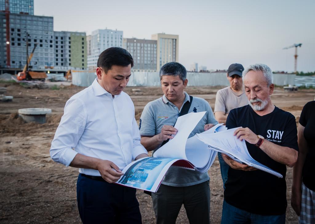 Алтай Кульгинов посетил проблемные объекты долевого строительства