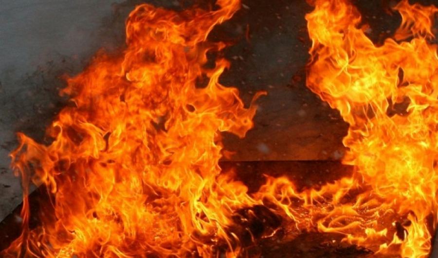 Мужчина погиб при пожаре в селе в Костанайской области