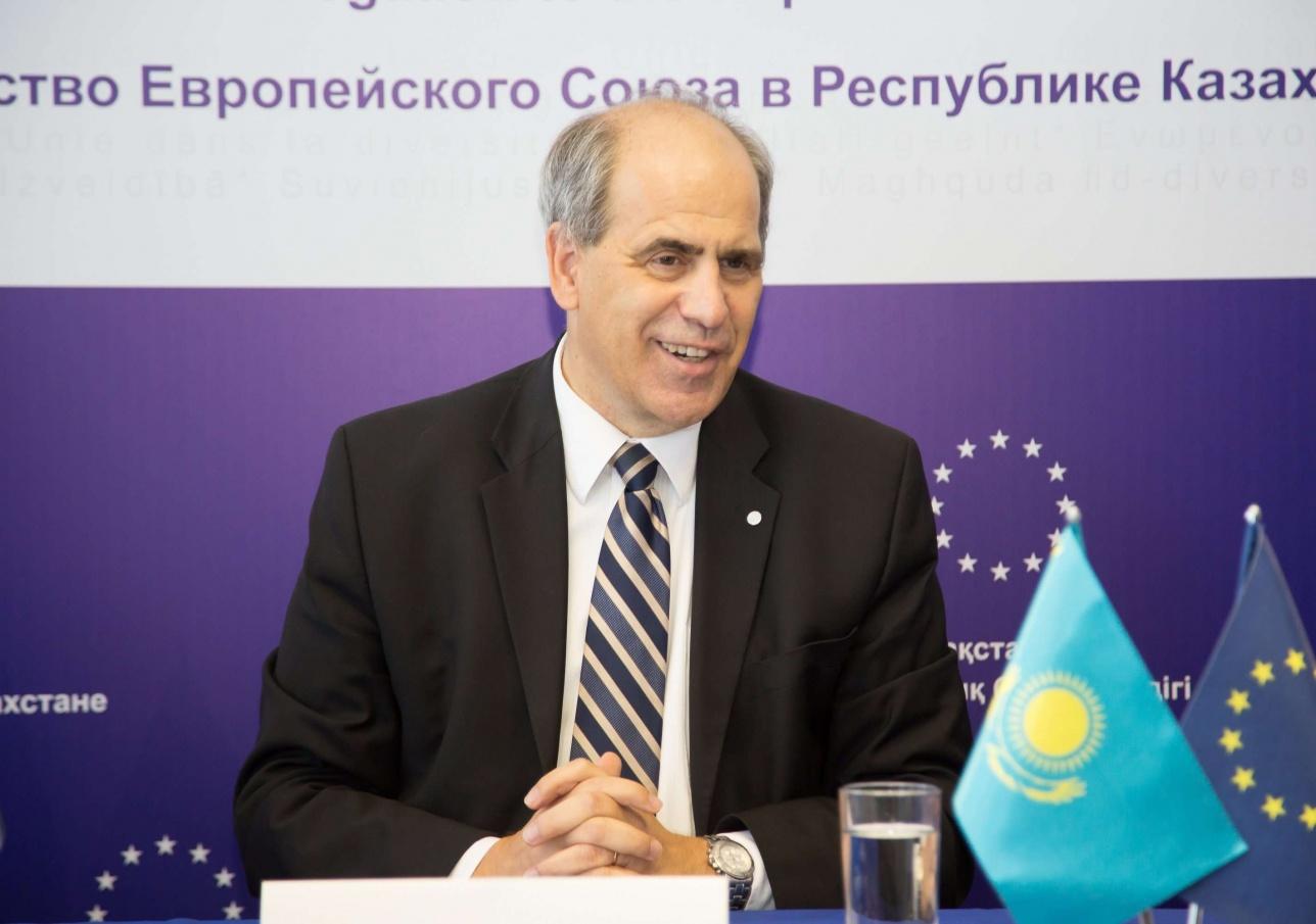 Спецпредставитель ЕС по ЦА прибыл в Казахстан